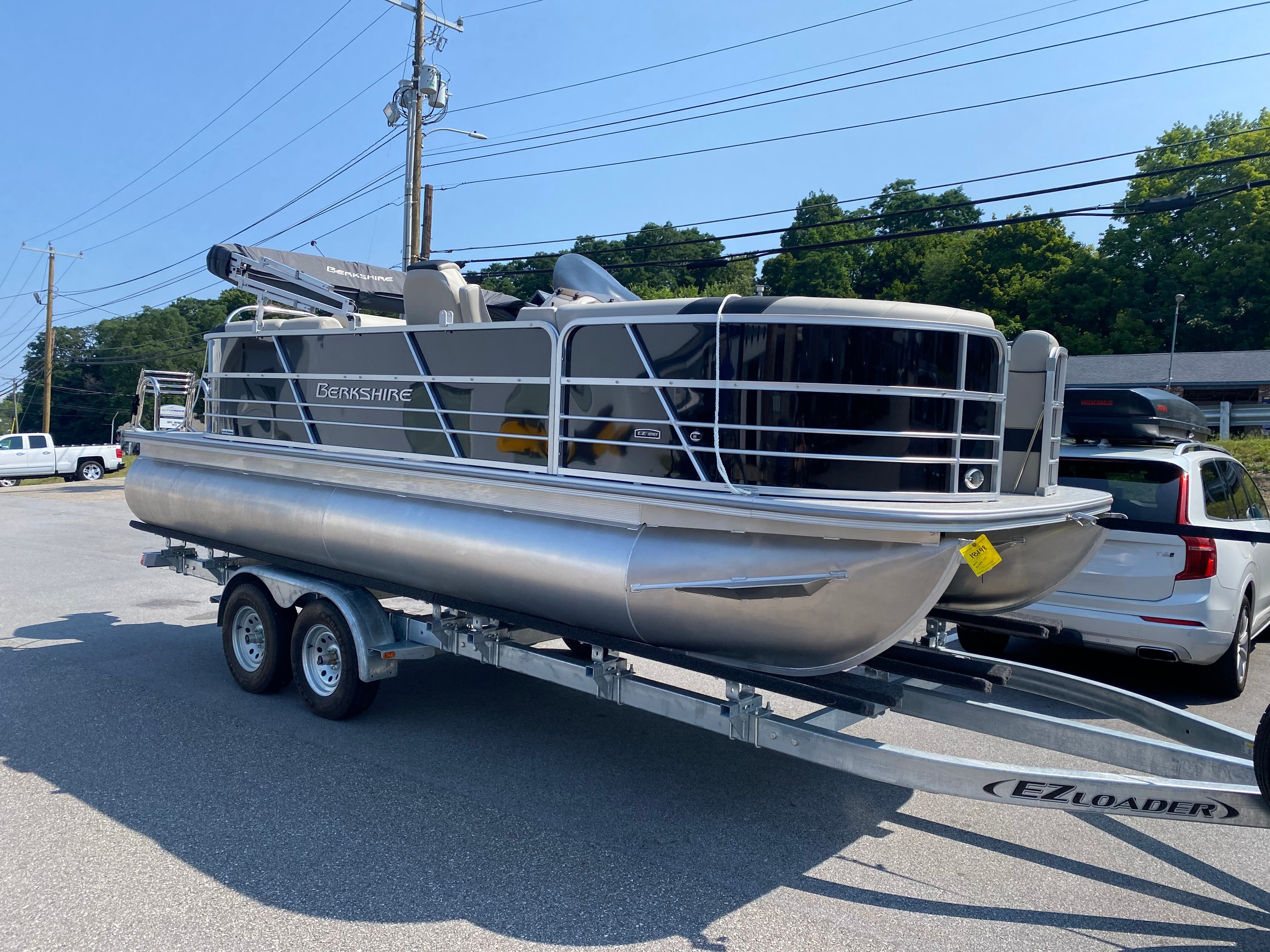 2022 Berkshire Pontoons boat for sale, model of the boat is 22RFX LE & Image # 3 of 6