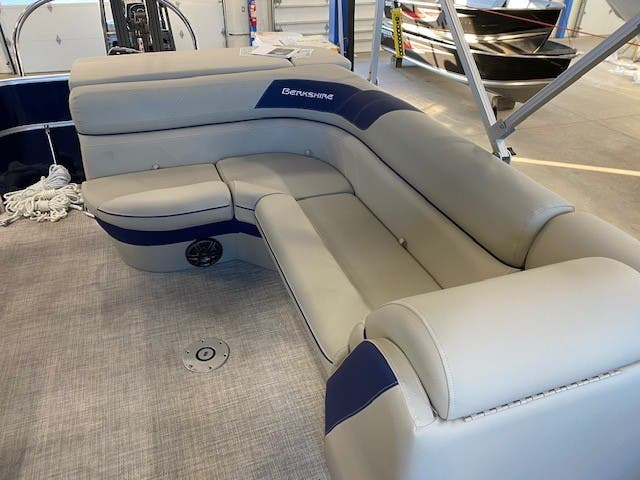 2022 Berkshire Pontoons boat for sale, model of the boat is 20CL LE & Image # 7 of 9