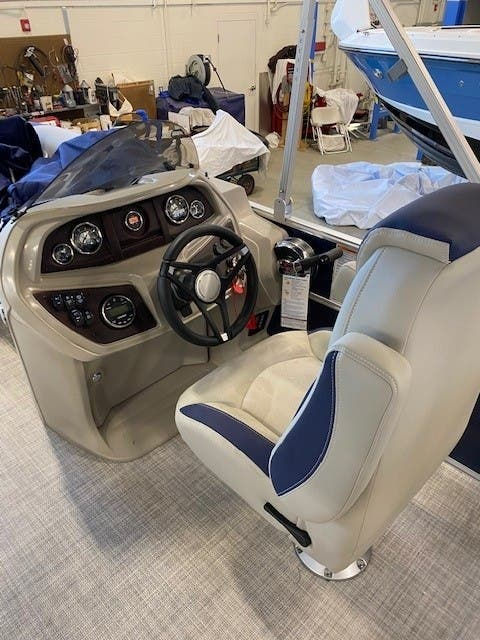 2022 Berkshire Pontoons boat for sale, model of the boat is 20CL LE & Image # 6 of 9