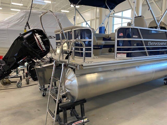 2022 Berkshire Pontoons boat for sale, model of the boat is 20CL LE & Image # 8 of 9