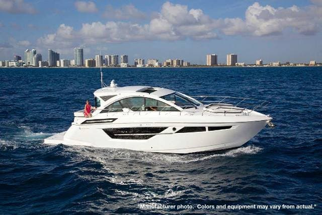 2022 Cruisers Yachts boat for sale, model of the boat is 50CANTIUS & Image # 14 of 32