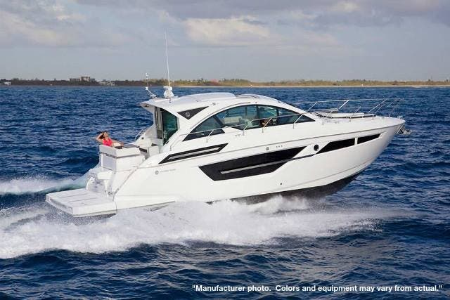 2022 Cruisers Yachts boat for sale, model of the boat is 50CANTIUS & Image # 16 of 32