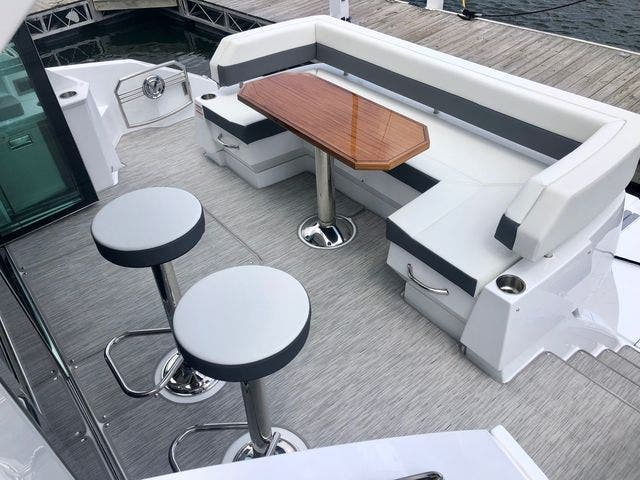2022 Cruisers Yachts boat for sale, model of the boat is 50CANTIUS & Image # 5 of 48