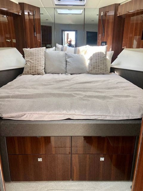 2022 Cruisers Yachts boat for sale, model of the boat is 50CANTIUS & Image # 12 of 48