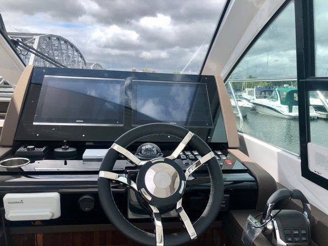 2022 Cruisers Yachts boat for sale, model of the boat is 50CANTIUS & Image # 14 of 48