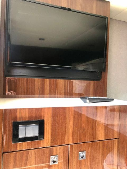 2022 Cruisers Yachts boat for sale, model of the boat is 50CANTIUS & Image # 18 of 48