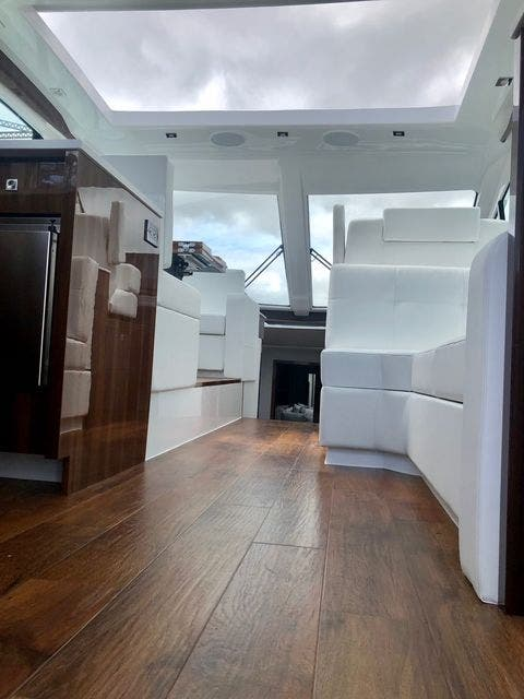 2022 Cruisers Yachts boat for sale, model of the boat is 50CANTIUS & Image # 25 of 48