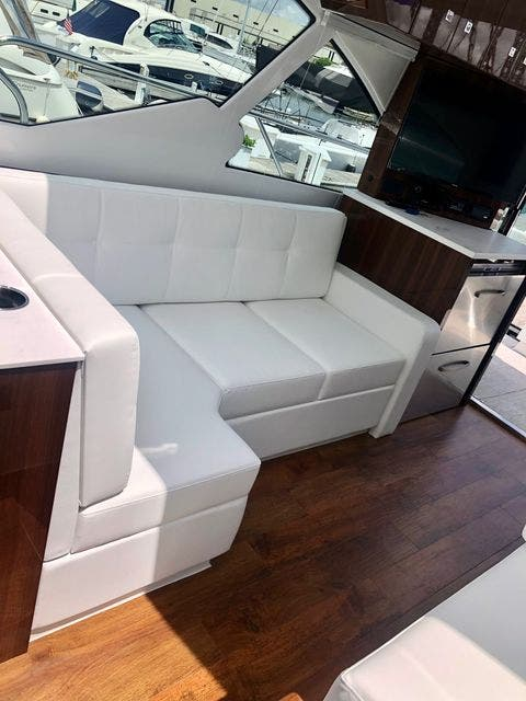 2022 Cruisers Yachts boat for sale, model of the boat is 50CANTIUS & Image # 27 of 48