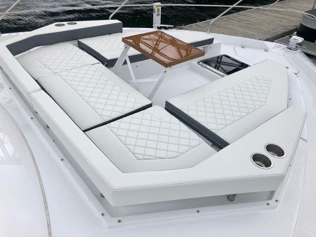 2022 Cruisers Yachts boat for sale, model of the boat is 50CANTIUS & Image # 29 of 48