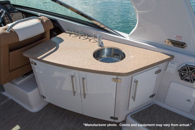 2022 Four Winns boat for sale, model of the boat is 290H & Image # 10 of 11