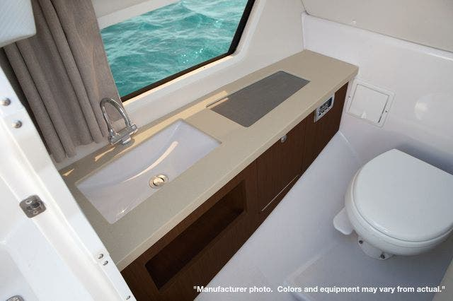 2022 Four Winns boat for sale, model of the boat is 290H & Image # 11 of 11