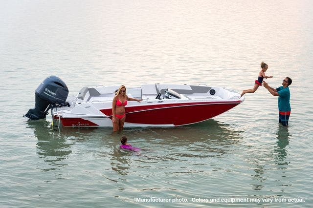 2022 Glastron boat for sale, model of the boat is 180GTD & Image # 4 of 19