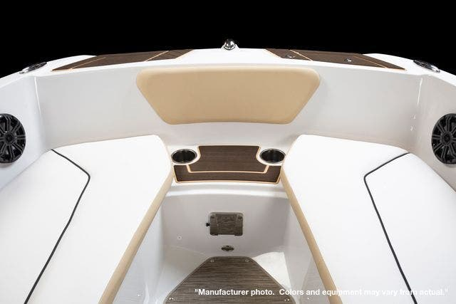 2022 Glastron boat for sale, model of the boat is 180GTD & Image # 10 of 19