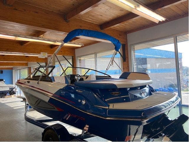 2022 Glastron boat for sale, model of the boat is 195GX & Image # 4 of 15