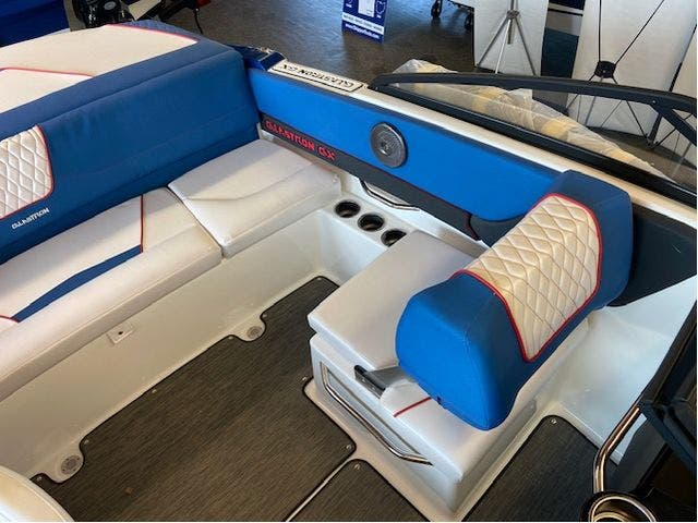 2022 Glastron boat for sale, model of the boat is 195GX & Image # 14 of 15