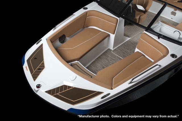 2022 Glastron boat for sale, model of the boat is 205GTDWI & Image # 6 of 20