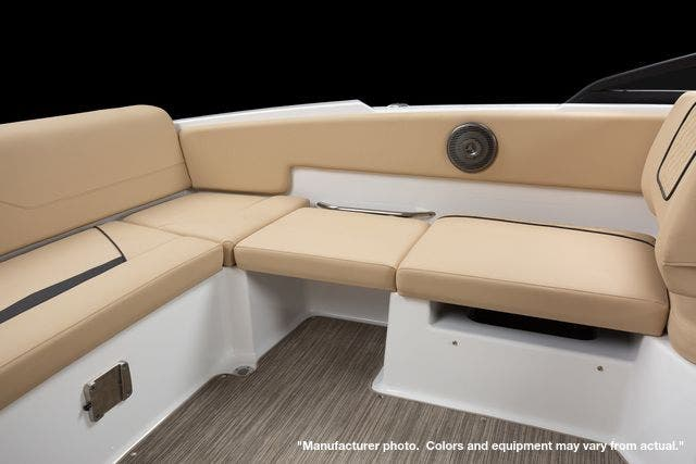 2022 Glastron boat for sale, model of the boat is 210GX & Image # 7 of 15