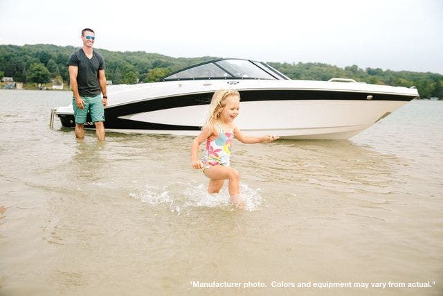2022 Glastron boat for sale, model of the boat is 215GX & Image # 3 of 27