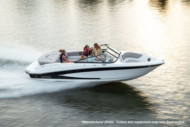 2022 Glastron boat for sale, model of the boat is 215GX & Image # 6 of 27