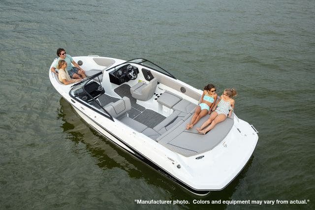2022 Glastron boat for sale, model of the boat is 215GX & Image # 8 of 27
