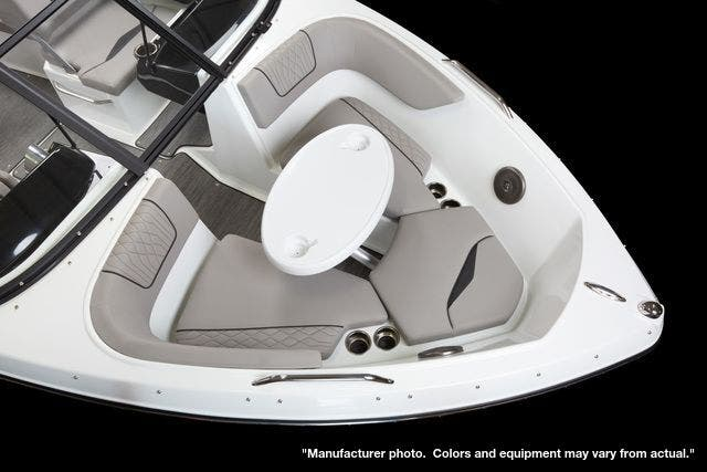 2022 Glastron boat for sale, model of the boat is 215GX & Image # 9 of 27