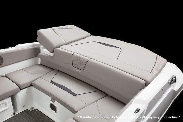 2022 Glastron boat for sale, model of the boat is 215GX & Image # 12 of 27