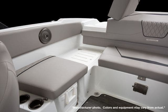 2022 Glastron boat for sale, model of the boat is 215GX & Image # 18 of 27