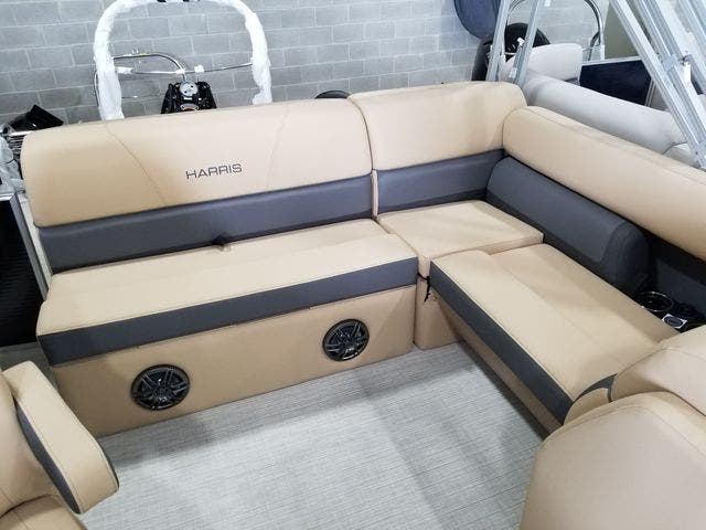 2022 Harris boat for sale, model of the boat is 210CX/CS & Image # 7 of 16