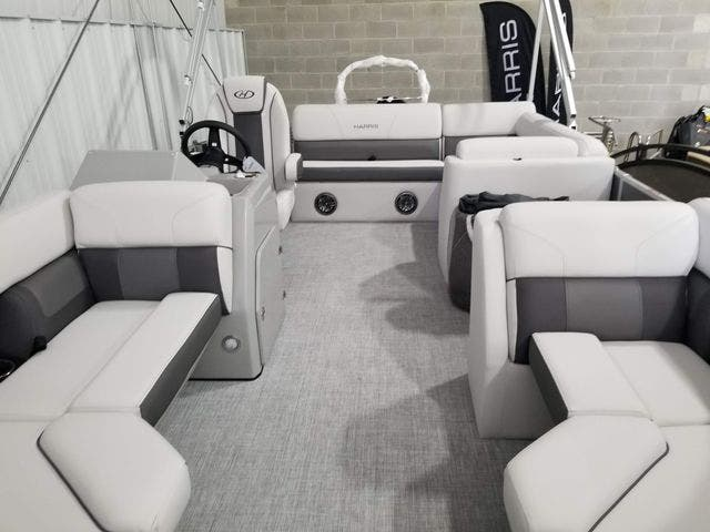 2022 Harris boat for sale, model of the boat is 210CX/CS & Image # 3 of 16