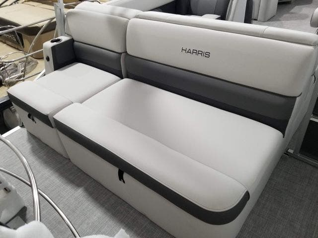 2022 Harris boat for sale, model of the boat is 210CX/CS & Image # 14 of 16