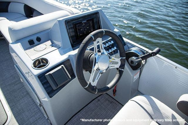 2022 Harris boat for sale, model of the boat is 230CX/CWDH & Image # 3 of 4