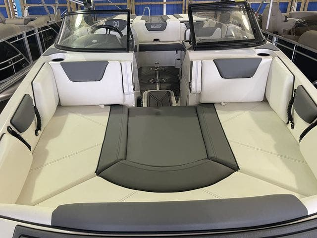 2022 Heyday boat for sale, model of the boat is 25-WTSURF & Image # 5 of 8