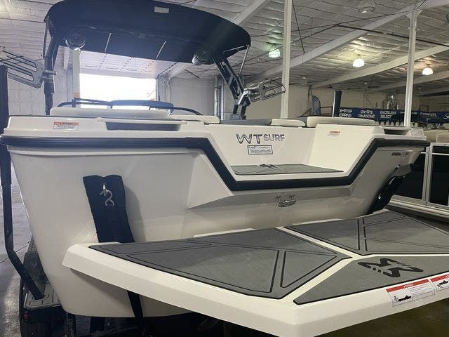 2022 Heyday boat for sale, model of the boat is 25-WTSURF & Image # 7 of 8