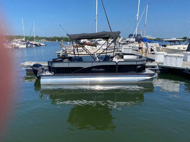 2022 Manitou boat for sale, model of the boat is 20 AURORA & Image # 3 of 13
