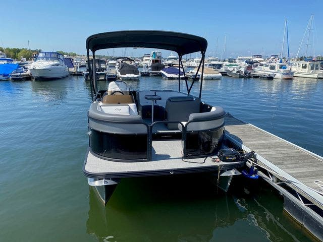 2022 Manitou boat for sale, model of the boat is 20 AURORA & Image # 4 of 13