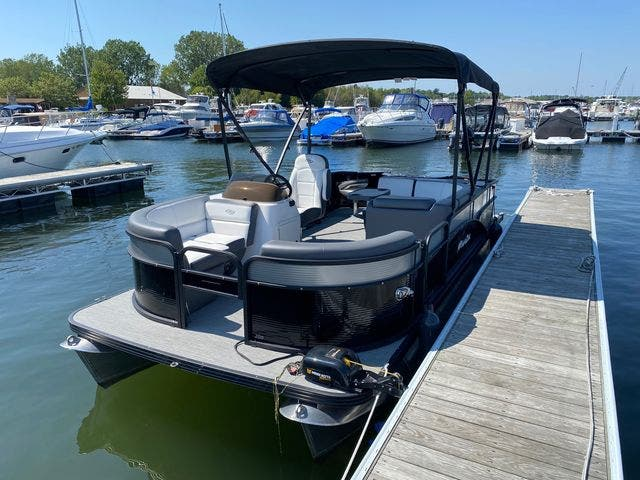 2022 Manitou boat for sale, model of the boat is 20 AURORA & Image # 6 of 13