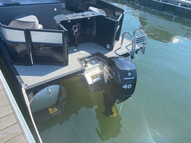 2022 Manitou boat for sale, model of the boat is 20 AURORA & Image # 13 of 13