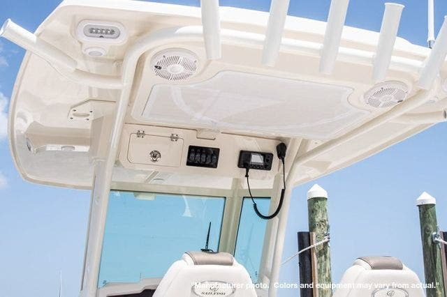2022 Sailfish Boats boat for sale, model of the boat is 272CC & Image # 3 of 7