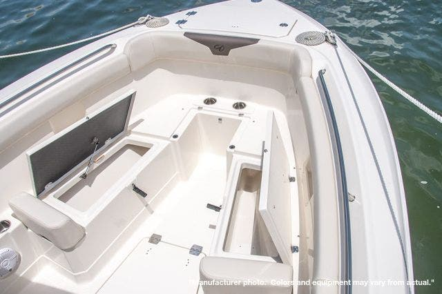 2022 Sailfish Boats boat for sale, model of the boat is 272CC & Image # 6 of 7