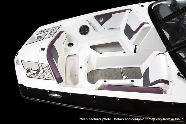 2022 Scarab boat for sale, model of the boat is 215ID/Impulse & Image # 5 of 11