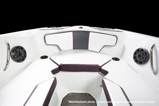 2022 Scarab boat for sale, model of the boat is 215ID/Impulse & Image # 7 of 11