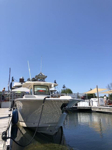 2022 Scout boat for sale, model of the boat is 305LXF & Image # 3 of 26