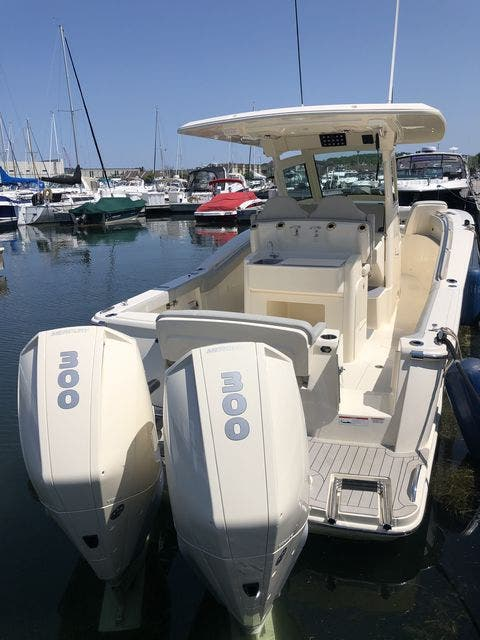 2022 Scout boat for sale, model of the boat is 305LXF & Image # 4 of 26