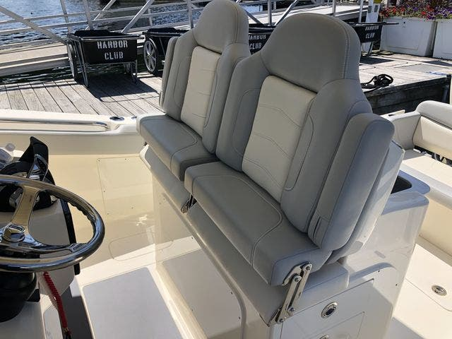 2022 Scout boat for sale, model of the boat is 305LXF & Image # 10 of 26