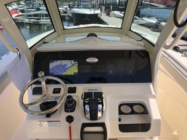 2022 Scout boat for sale, model of the boat is 305LXF & Image # 22 of 26