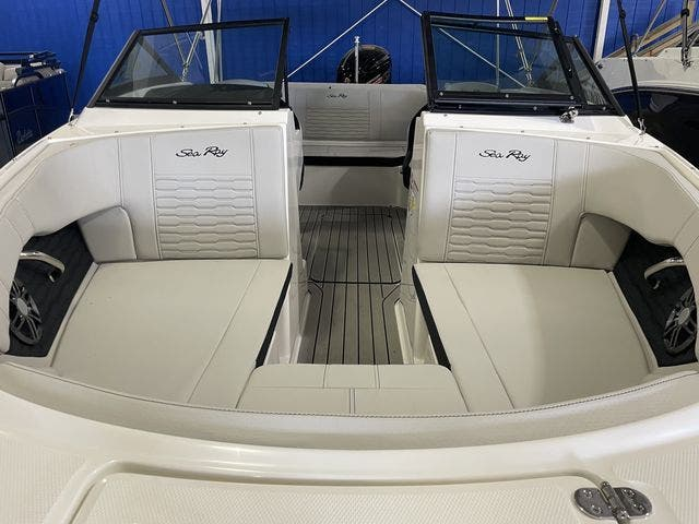 2022 Sea Ray boat for sale, model of the boat is 190SPXO & Image # 8 of 8