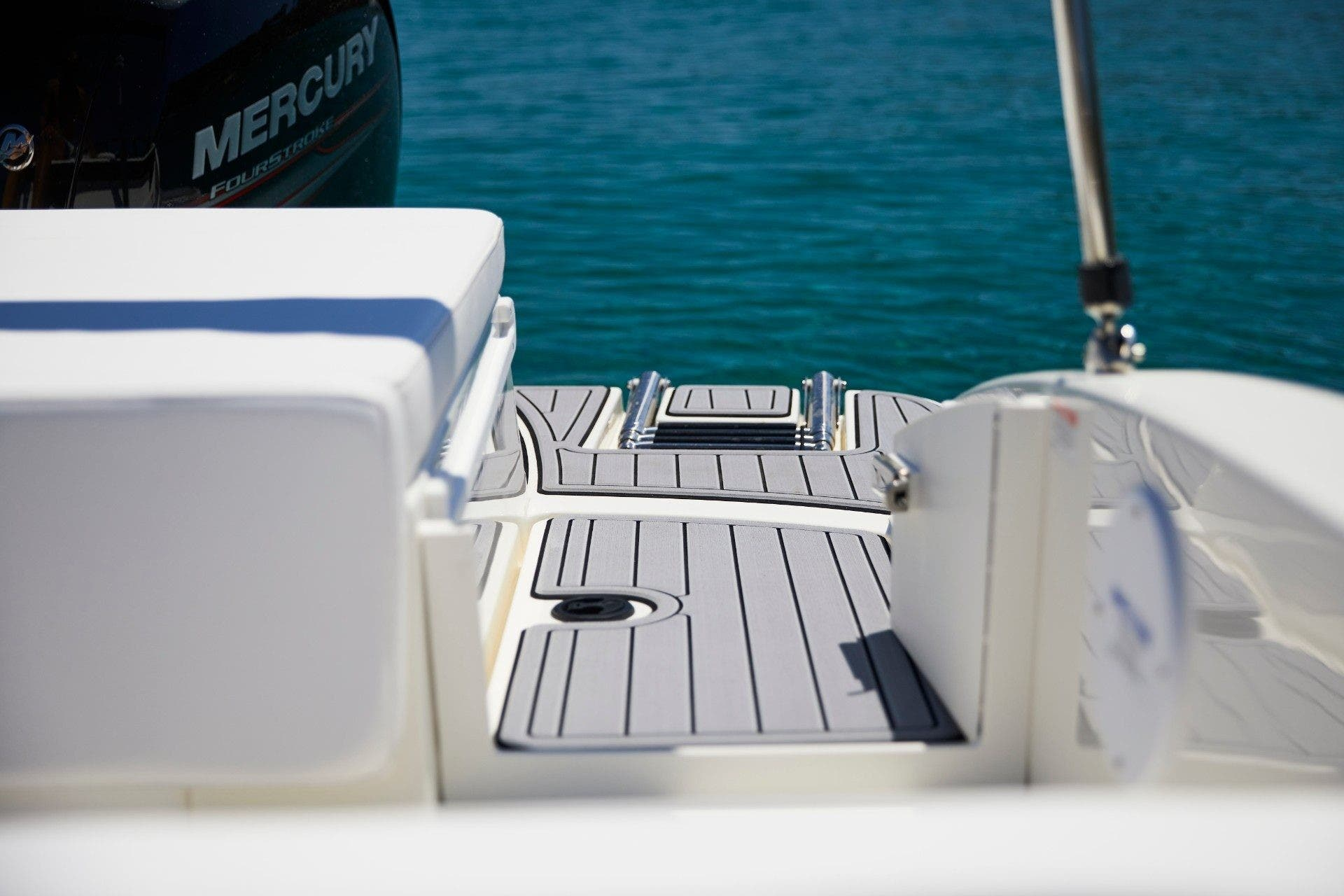 2022 Sea Ray boat for sale, model of the boat is 190spxo & Image # 5 of 5