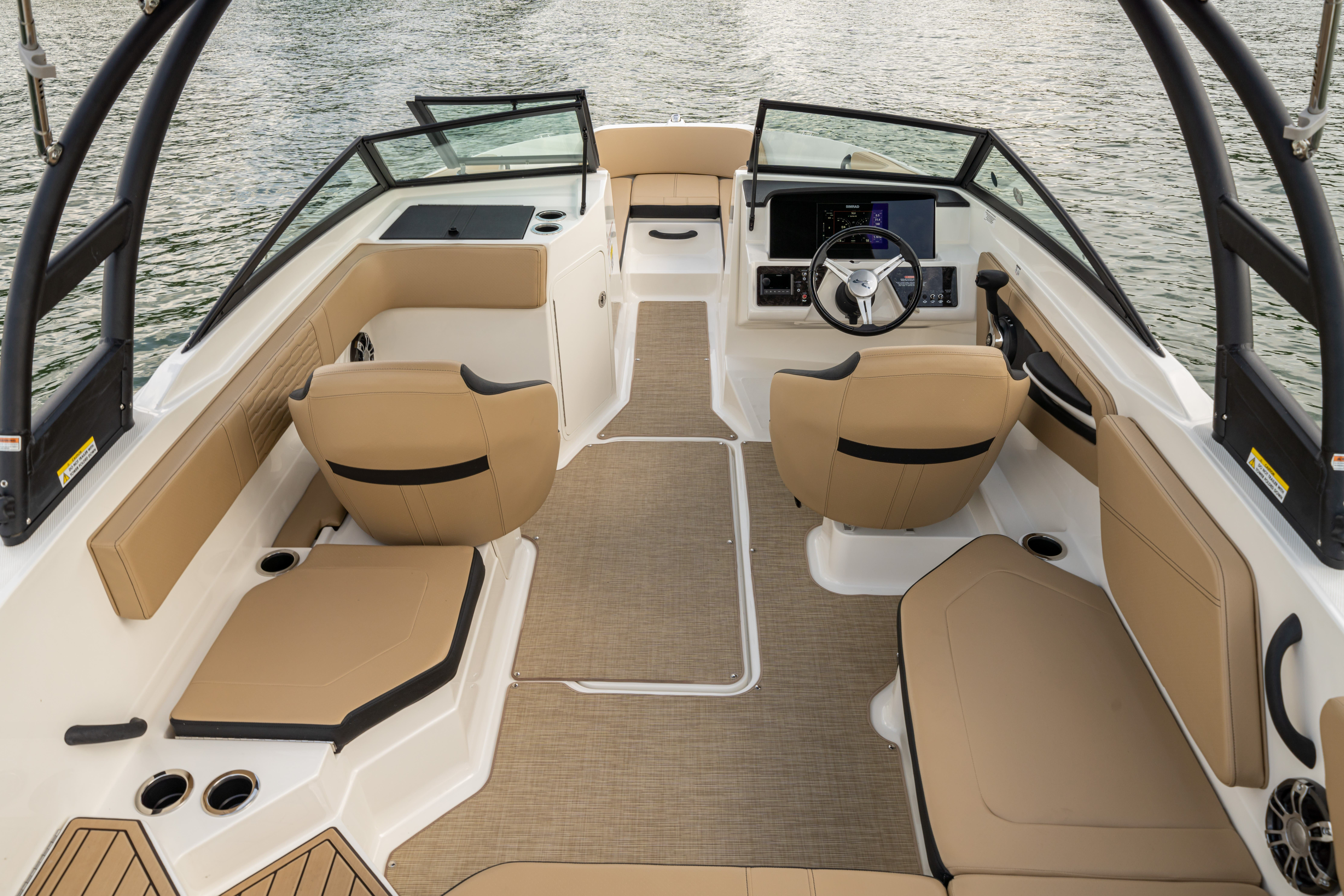 2022 Sea Ray boat for sale, model of the boat is 210spx & Image # 4 of 6