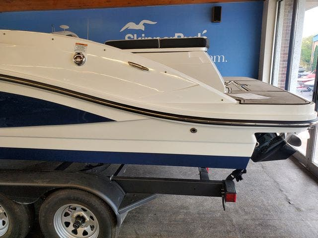 2022 Sea Ray boat for sale, model of the boat is 230SPX & Image # 4 of 23