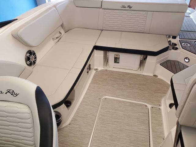 2022 Sea Ray boat for sale, model of the boat is 230SPX & Image # 9 of 23